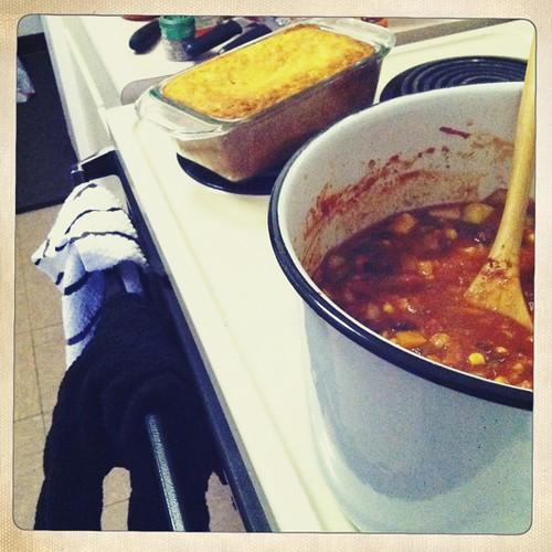 Veggie Chili and Cheddar Cornbread