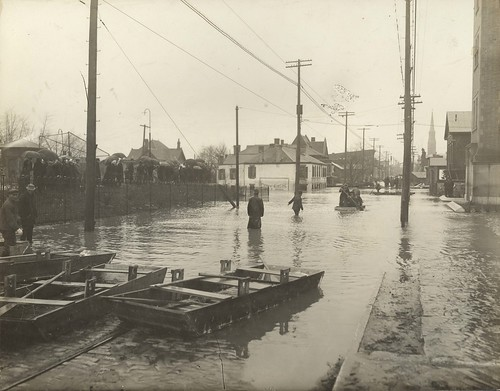 Fifth and Eagle Streets, 1913 (Image courtesy of Dayton Metro Library, Montgomery County Picture File #996)