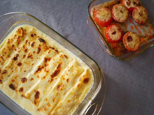 Cannelloni and roasted tomatoes