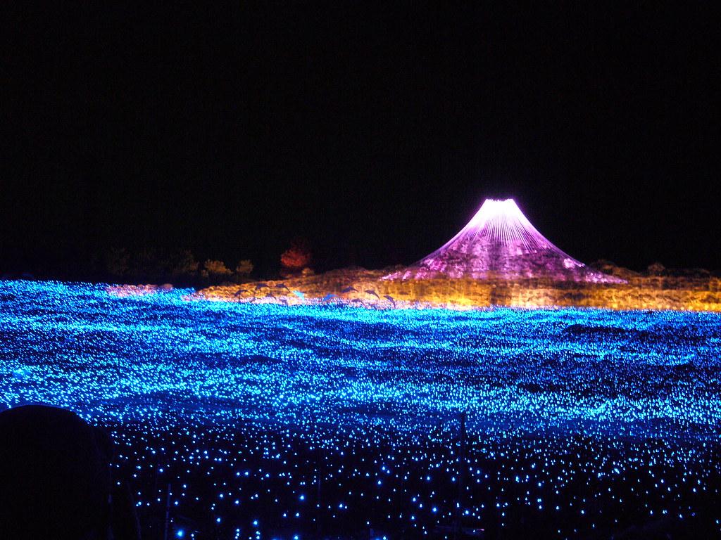 the incredible winter light festival in japan twistedsifter. Black Bedroom Furniture Sets. Home Design Ideas