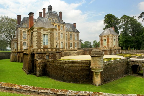 wonderful chateau in normandy france euroresalescom - 1024×681