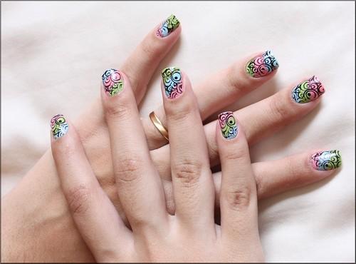 Nail Art Coloridinha!