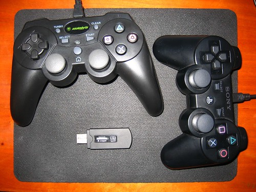 Snakebyte Wireless Controller + PS3 Dualshock3 Sixaxis Top