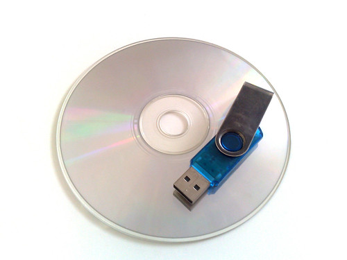 HOW TO INSTALL WINDOWS 8.1 FROM USB DRIVE