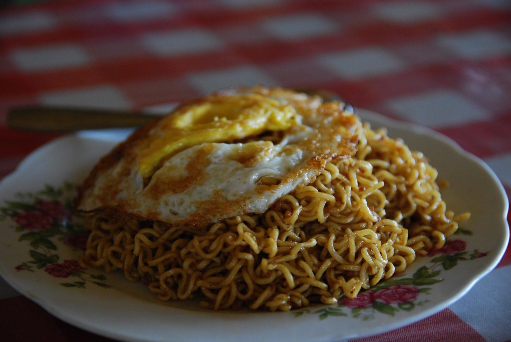 Mie Goreng with Fried Egg | rtwgirl