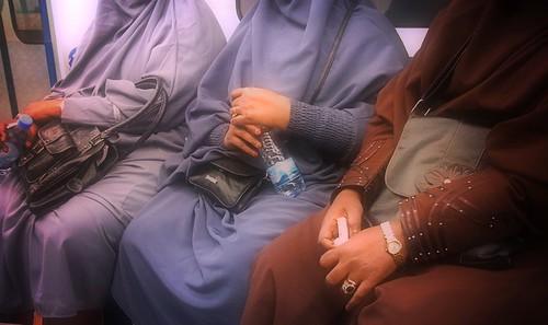 day out w friends_somali women