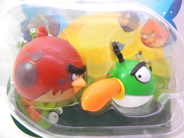 angry birds vinyl figures (2)