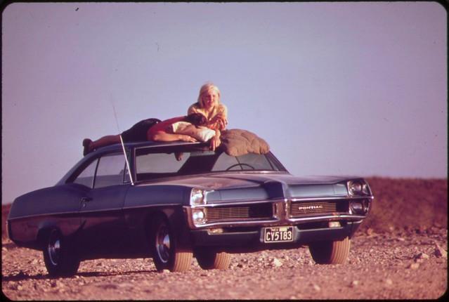 1966 Pontiac Bonneville - May 1972 [Public Domain]