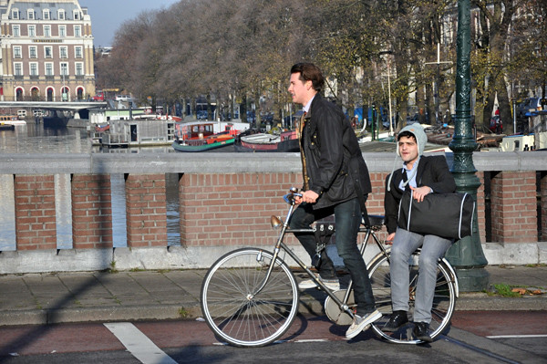 bike,bridge,buddy by Aude
