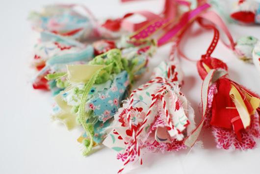 DIY: Scrap Fabric Tassels