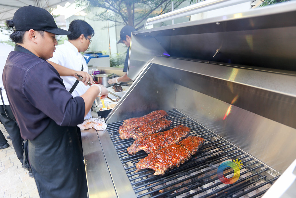 Esquire Cookout with SMLB-2.jpg