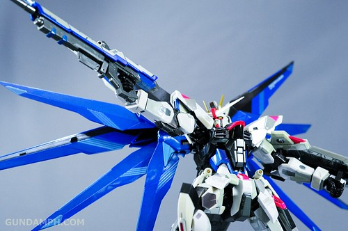 Metal Build Freedom Gundam Prism Coating Ver. Review Tamashii Nation 2012 (46)