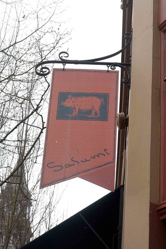 Salumi sign