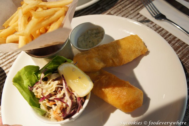 10.3.fish and chips @ bens publika (11)