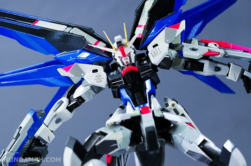 Metal Build Freedom Gundam Prism Coating Ver. Review Tamashii Nation 2012 (55)