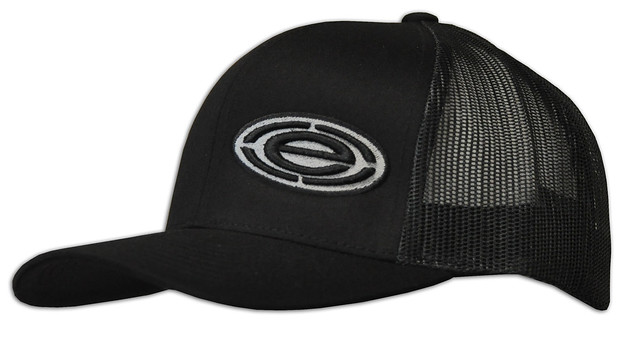 black 104c snap back