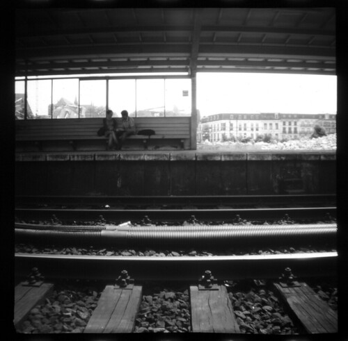 #3 Gare Couple