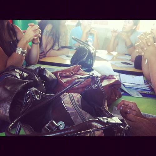 Reunión de mamis #Delasalle para organización de obra del día del niño :) digo, uno tiene que cumplir sus deberes de madre!!! by Erika Tamaura