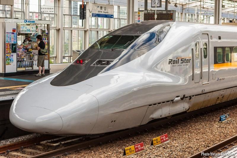 Shinkansen 700 Series-12