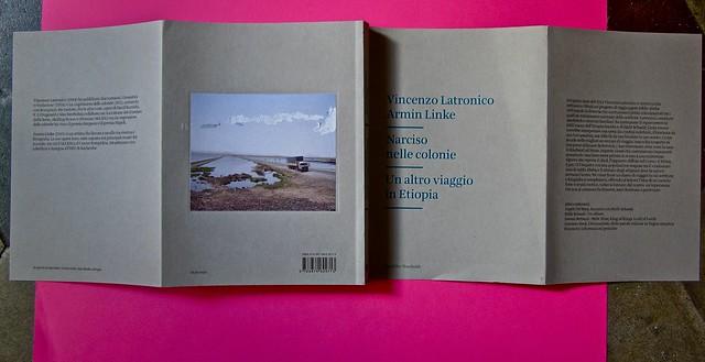 Vincenzo Latromico, Armin Linke, Narciso nelle colonie. Quodlibet Humboldt 2013. Progetto grafico di Pupilla Graphic. Totale della copertina coi risvolti (part.)