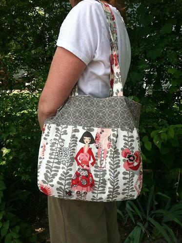 One Yard Wonders: Folklore bag