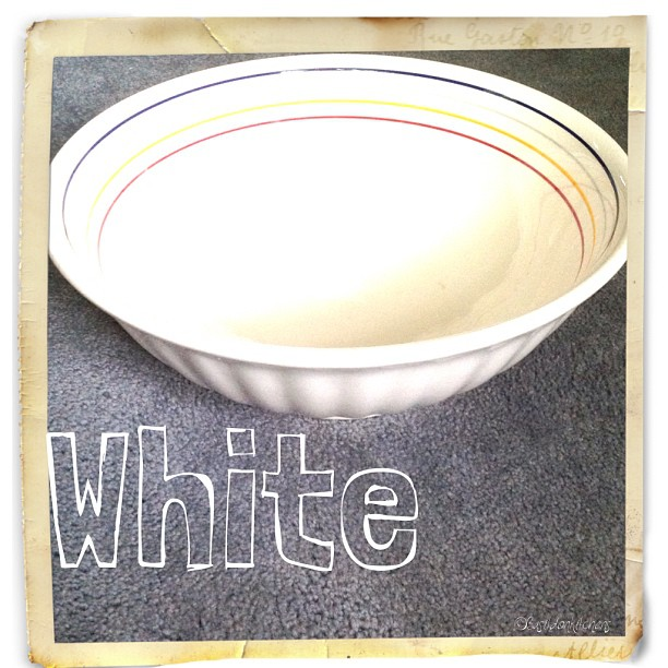 Sep 7 - white {my favourite pasta bowl; much used & much loved} #fmsphotoaday #white #bowl #pasta #cooking #rhonnadesigns