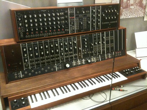 1st_commercial_Moog_synthesizer_(1964,_commissioned_by_the_Alwin_Nikolai_Dance_Theater_of_NY)_@_Stearns_Collection_(Stearns_2035),_University_of_Michigan