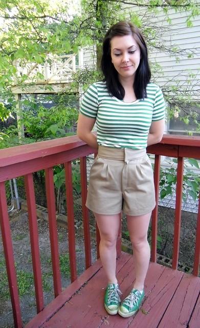 Khaki Shorts & Green Striped Renfrew
