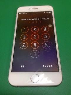 201_iPhone6のフロントパネルガラス割れ