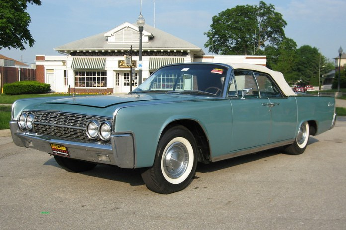 1962 Lincoln Continental convertible c