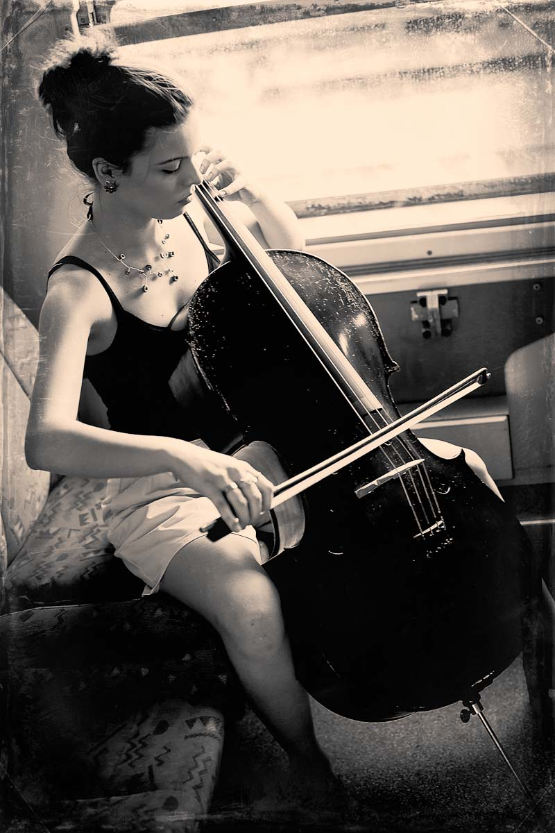 Denis Dunaj, Cello Girl, 30. Juli 2012