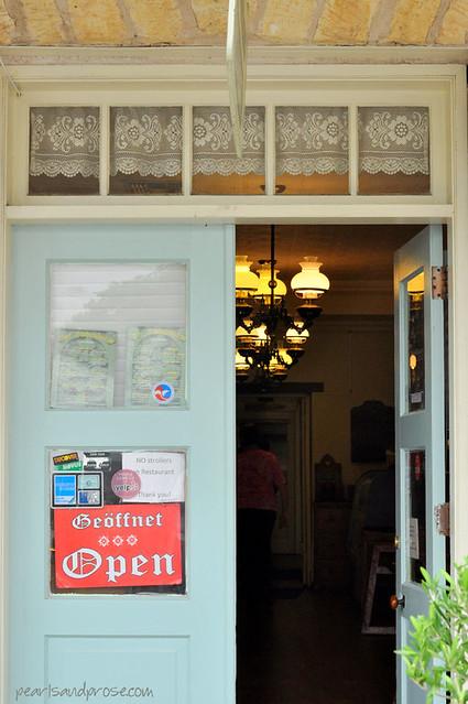 fredburg_blue_door_web