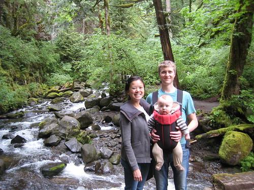Family hike to Multnomah