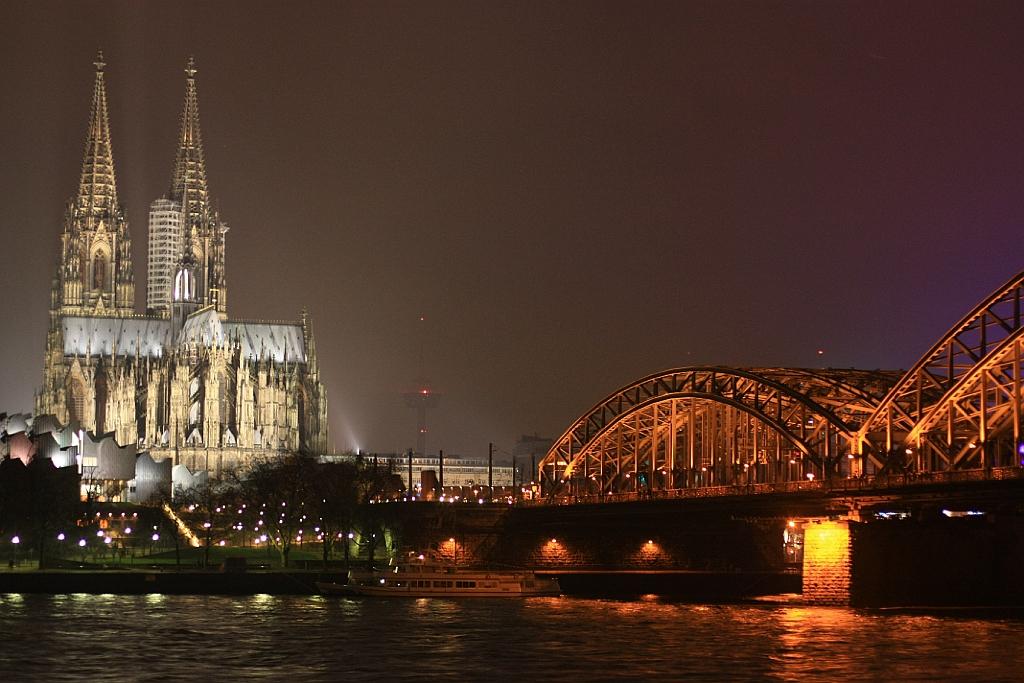Hohenzollernbruecke, Koelner Dom, Rhein, Koeln, Cologne, Germany