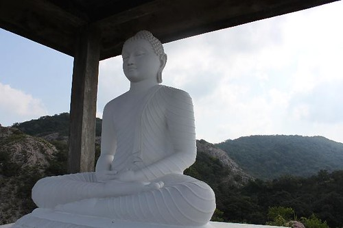 20130115_7105_rose-quartz-mountain-Buddha_Vga