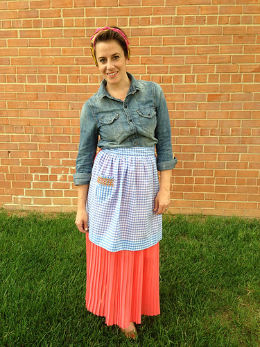 Vintage May- Alice Embroidered Apron- One Little Minute Blog