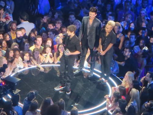 Adam Lambert and Emeli Sandé presenting Austin Mahone the Artists to Watch VMA for
