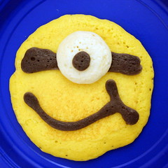 2013 06 Minion Pancakes (5)