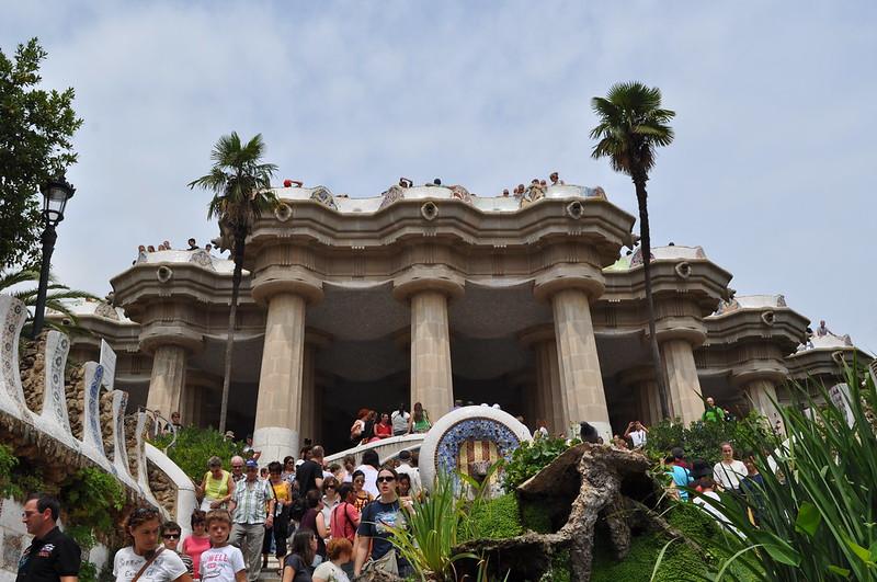 2011.07.26.171 - BARCELONA - Parque Güell - Escalinata