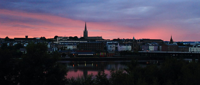 Sunset cityscape - Derry / Londonderry