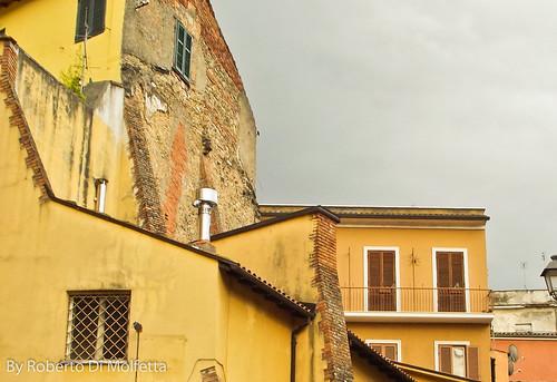 Scorcio di Frosinone by Roberto Di Molfetta