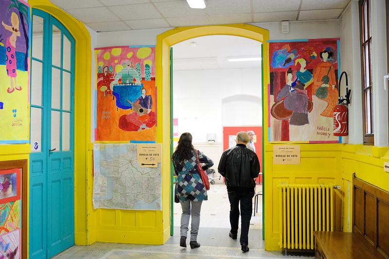 Le second tour de la Présidentielle - Bureaux de vote - Le second tour de la présidentielle 2012. - © Razak
