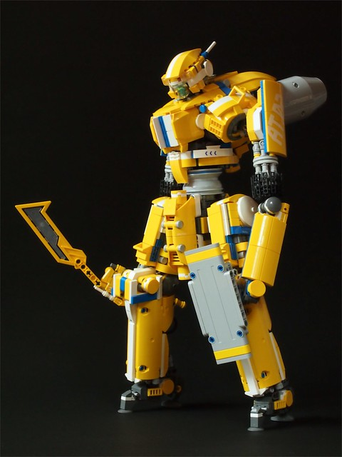 Yellow LEGO mecha
