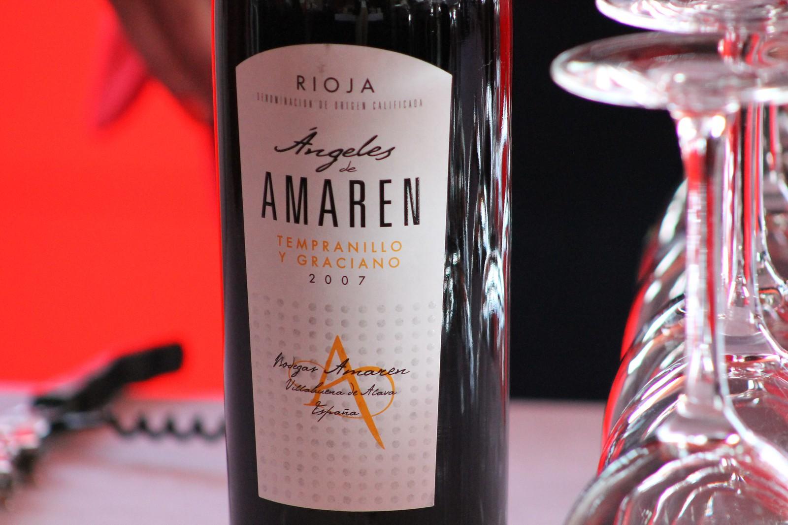 Amaren vino tinto