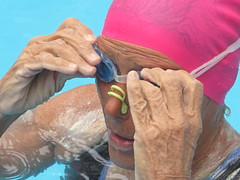 Diana Nyad swimming in NYC for Sandy Relief