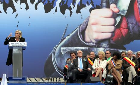 13e01 Marine Le Pen 122 variante 1 Uti 465