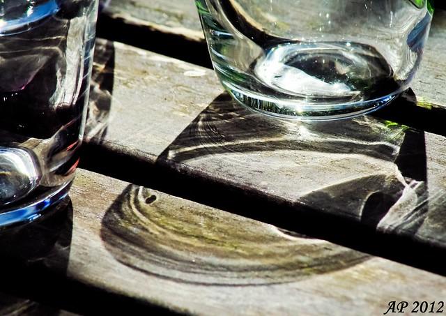 Un p'tit verre? / Get a drink?