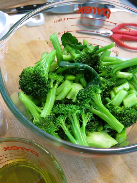 Putting Up: Broccoli Pesto