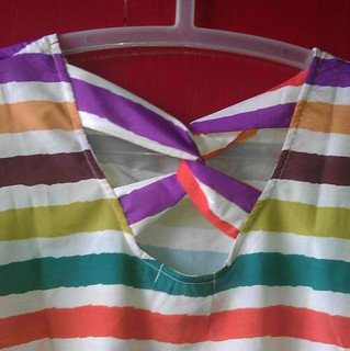playful candy striped top from Hangten