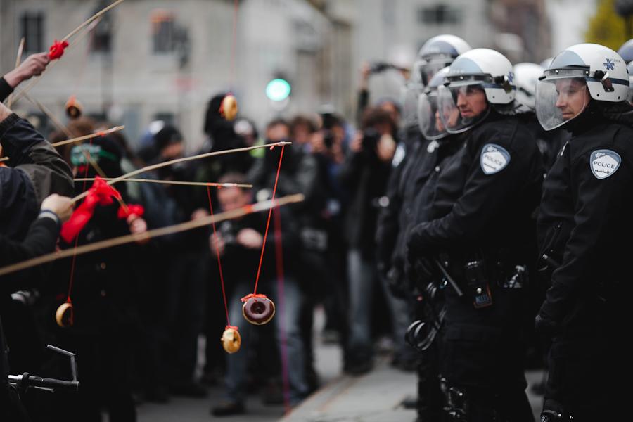 manifestation anticapitaliste may day et étudiante à montréal [photos Thien V]